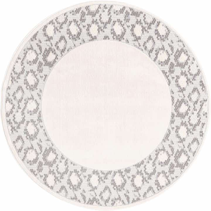 round white rug with border